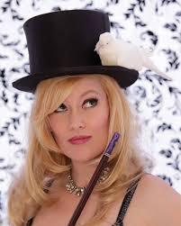 Magician Ariann Black, Comedian Kristi McHugh, and Vegas dining